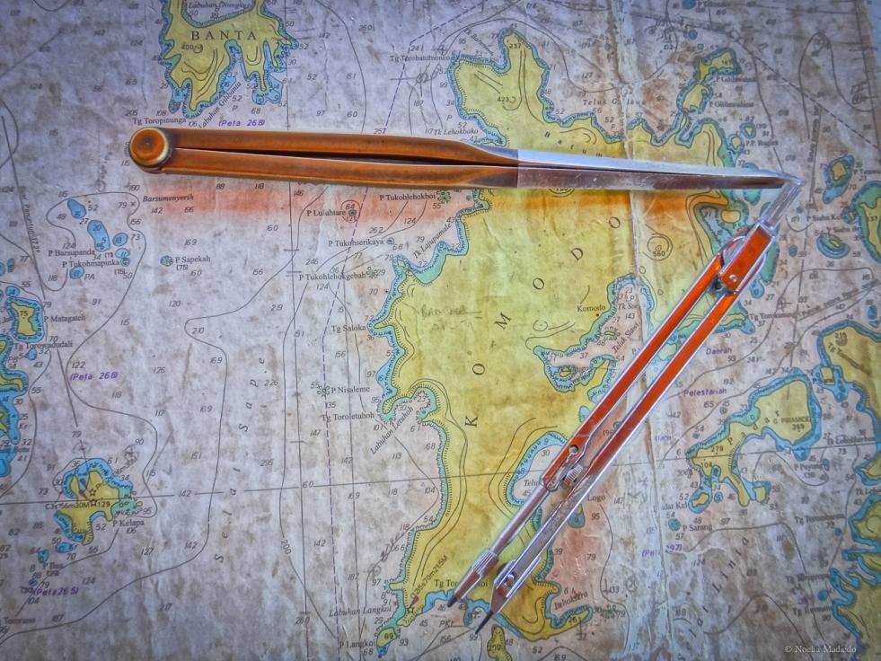 Komodo Island Compass